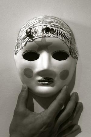 Mask_bw12